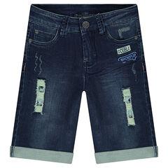 Bermuda en jeans effet used avec imprimé étoiles et badges