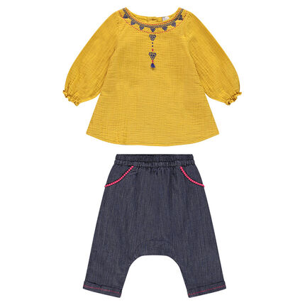 Ensemble avec unique jaune moutarde et sarouel effet jeans