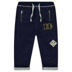 Pantalon en molleton effet jeans avec badges