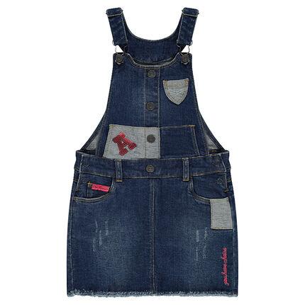Robe en jeans effet used avec patchs et lettre en sequins