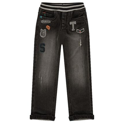 Jeans coupe droite fitté avec badges patchés