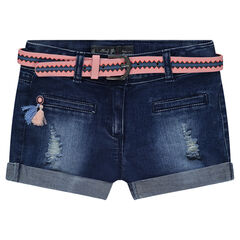 Short en jeans effet used avec ceinture amovible à motifs