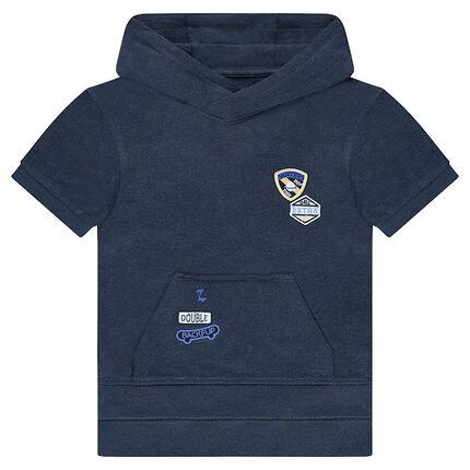 Sweat à capuche en molleton manches courtes avec badges patchés