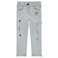 Jeans effet used avec broderies et prints esprit rock