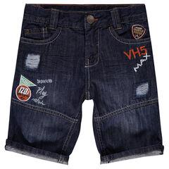 Bermuda en jeans avec badges et broderies