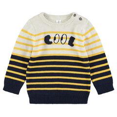 Pull en tricot avec rayures jacquard et mot brodé sur le devant