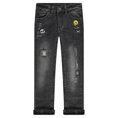 Jeans effet used doublé jersey avec badges brodés