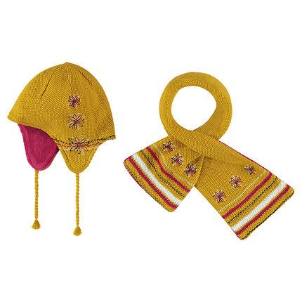 Ensemble bonnet et écharpe en tricot avec motif jacquard