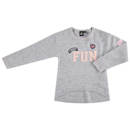 Pull en tricot gris chiné avec inscription en bouclette et badges Smiley